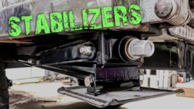 M101 Trailer Build E6 – Rear Stabilizer Jacks